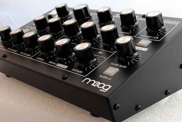 Moog-Minitaur